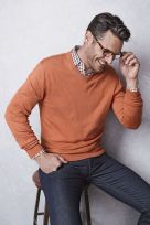 Cool men sweater outfits ideas 41