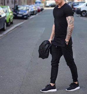 Cool mens joggers outfit ideas 27