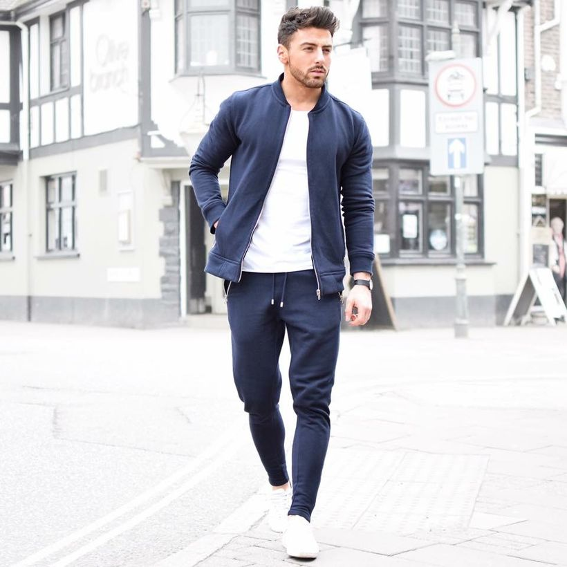 Cool mens joggers outfit ideas 32