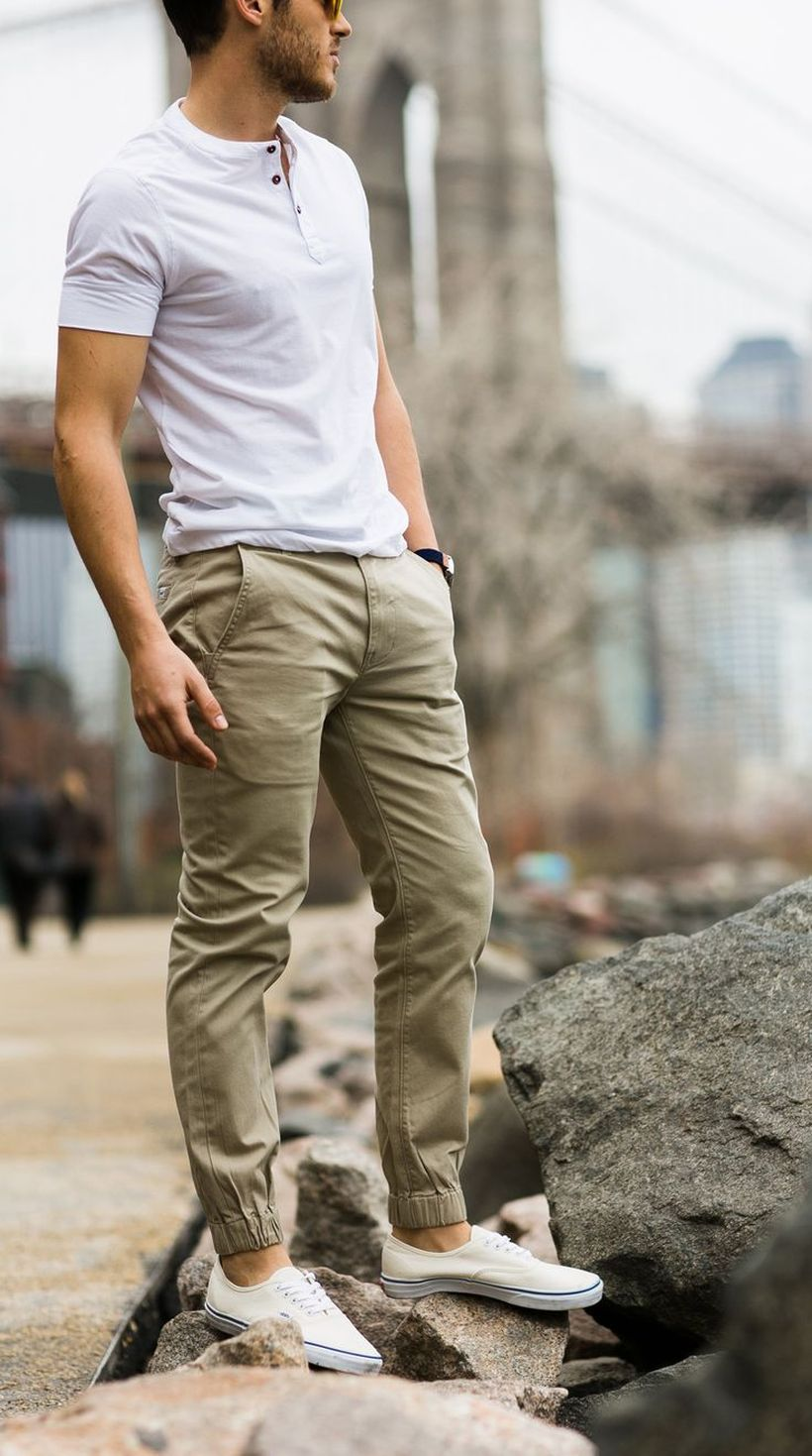 Cool mens joggers outfit ideas 34