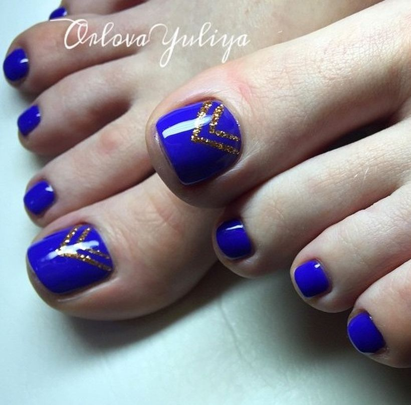Cool summer pedicure nail art ideas 21