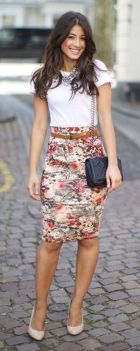 Cool tshirt and skirt for everyday outfits 11