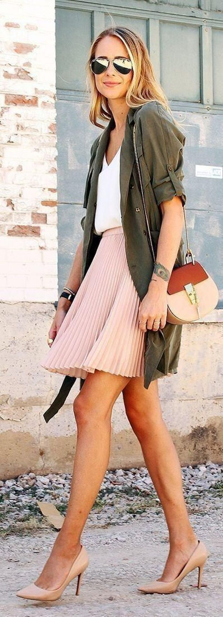Cool tshirt and skirt for everyday outfits 16