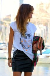 Cool tshirt and skirt for everyday outfits 50