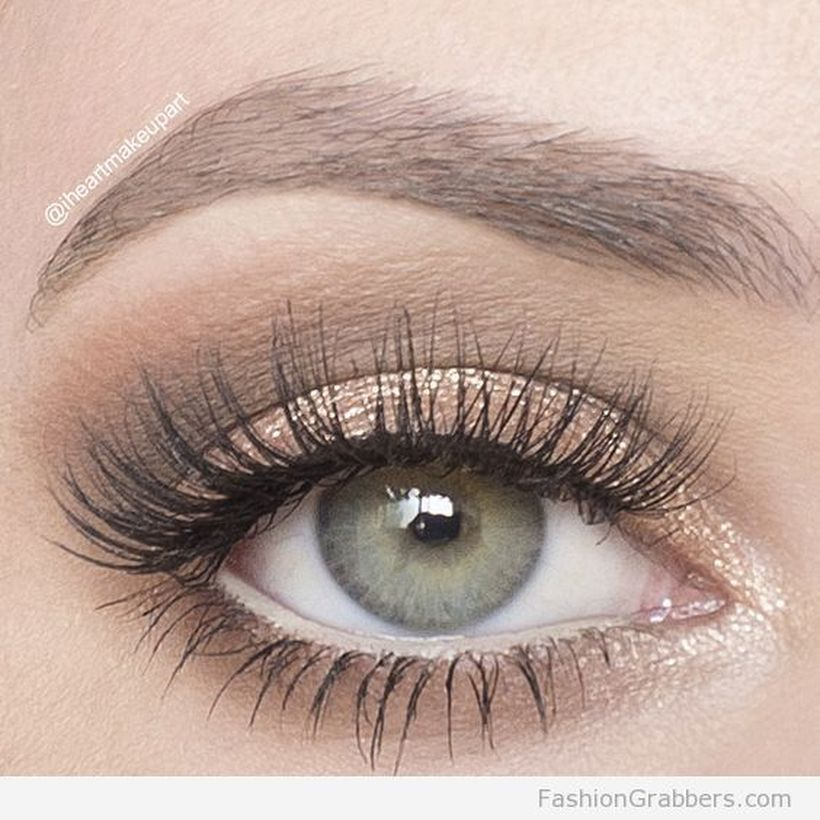 Fabulous look natural green eyes makeup 15