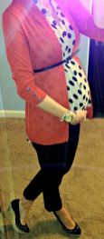 Fashionable maternity fashions outfits ideas 16
