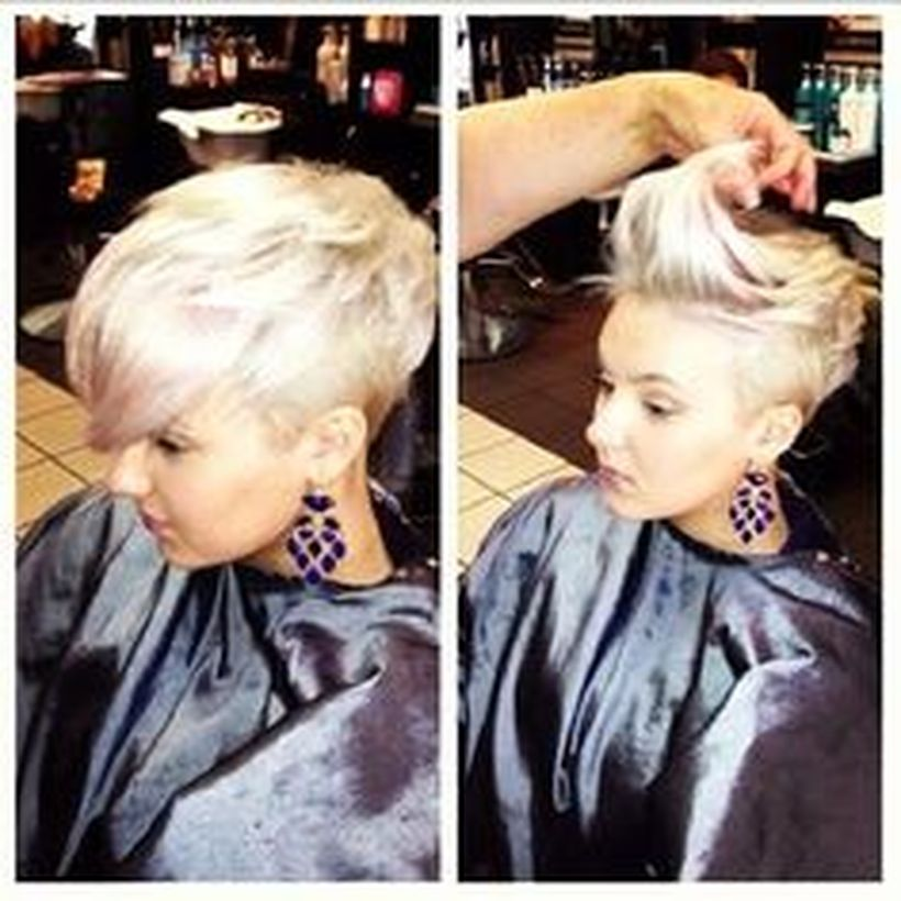 Funky short pixie haircut with long bangs ideas 19
