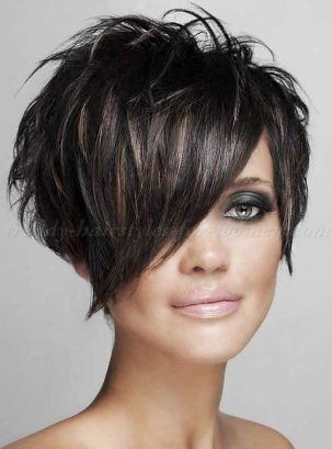 Funky short pixie haircut with long bangs ideas 98