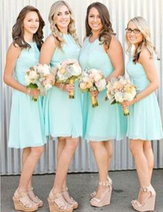 Gorgeous short bridesmaid dresses design ideas 16