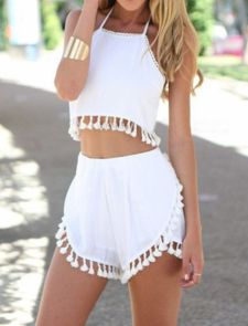Gorgeous white two piece outfits ideas 16