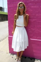 Gorgeous white two piece outfits ideas 23