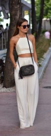 Gorgeous white two piece outfits ideas 43