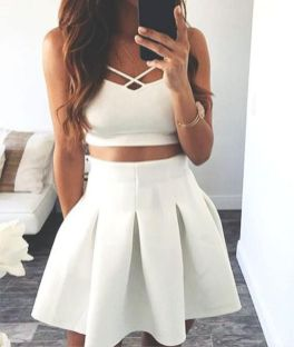 Gorgeous white two piece outfits ideas 60