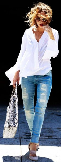 Oversized white shirt with jeans outfits ideas 16