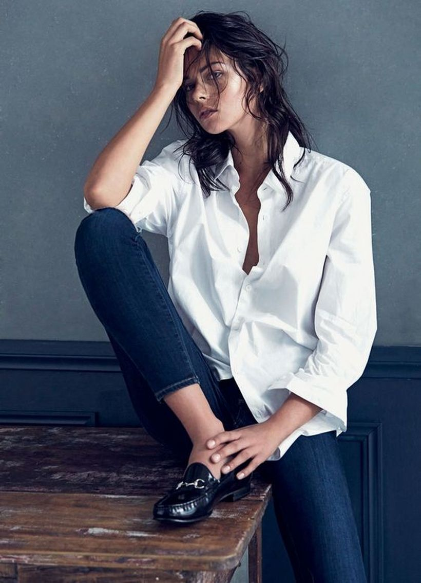 Oversized white shirt with jeans outfits ideas 22
