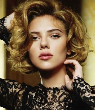 Stylist naturally curly haircuts ideas 1