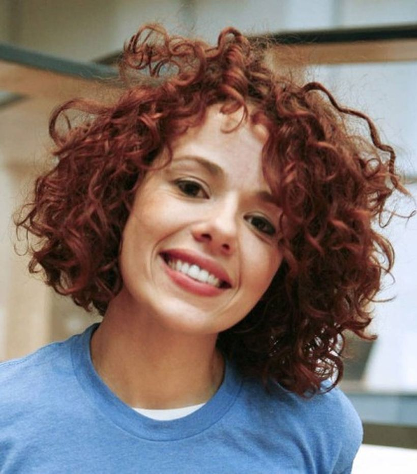 Stylist naturally curly haircuts ideas 53