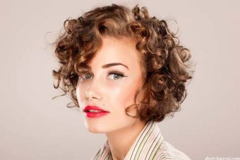 Stylist naturally curly haircuts ideas 55