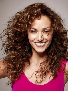 Stylist naturally curly haircuts ideas 71
