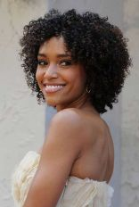 Stylist naturally curly haircuts ideas 8