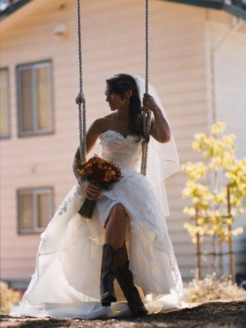 Vintage wedding outfit with country boots 60