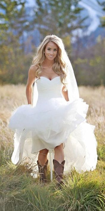 Vintage wedding outfit with country boots 73