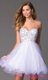 Amazing white short dresses ideas for party outfits 53