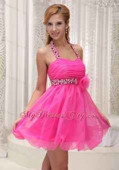 Awesome teens short dresses ideas for graduation outfits 110