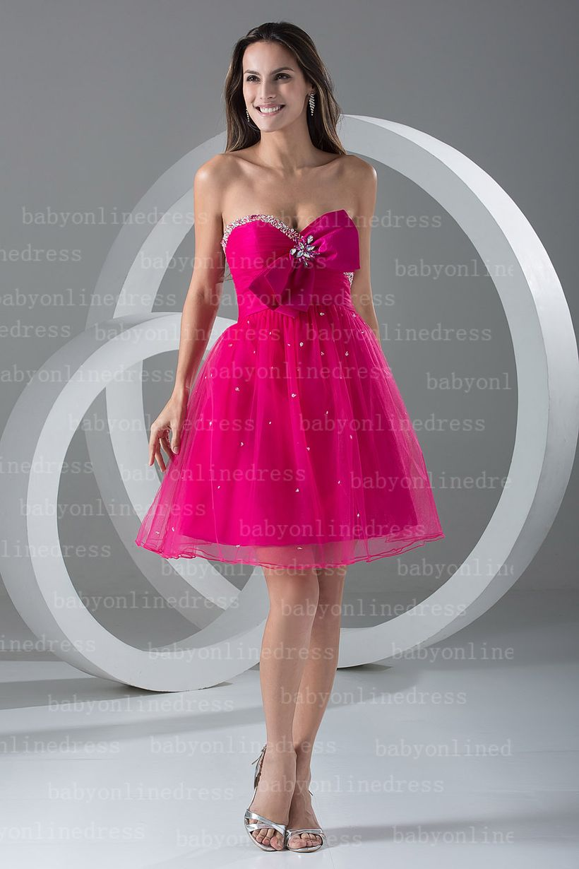 Awesome teens short dresses ideas for graduation outfits 16