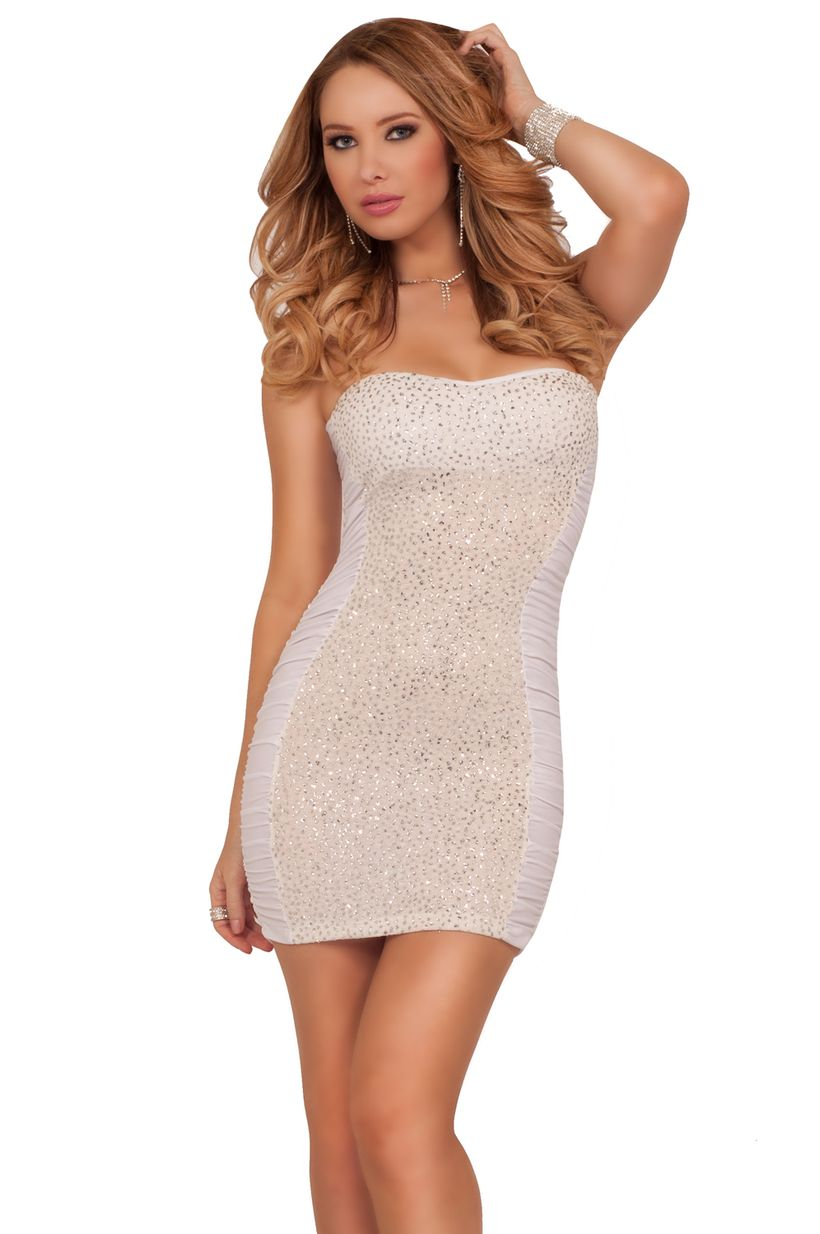 Awesome teens short dresses ideas for graduation outfits 213