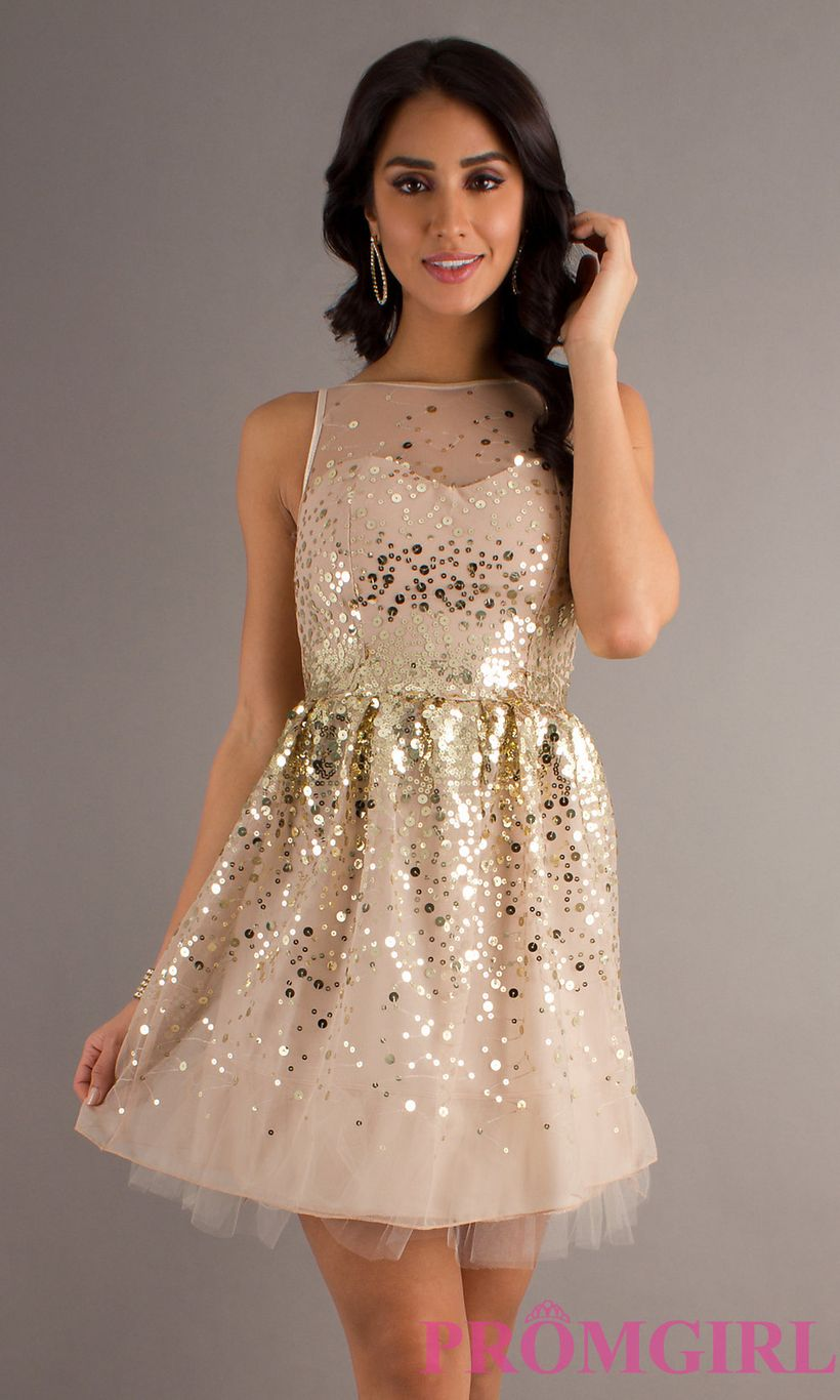 Awesome teens short dresses ideas for graduation outfits 31