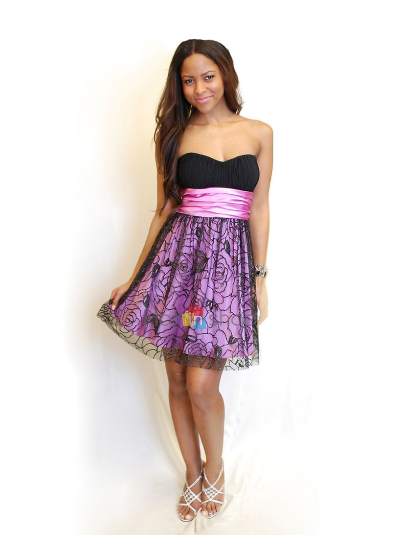 Awesome teens short dresses ideas for graduation outfits 44
