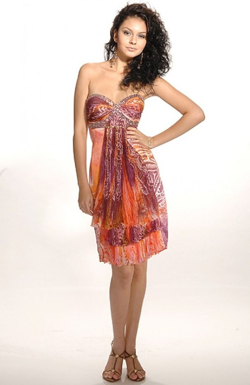 Awesome teens short dresses ideas for graduation outfits 60