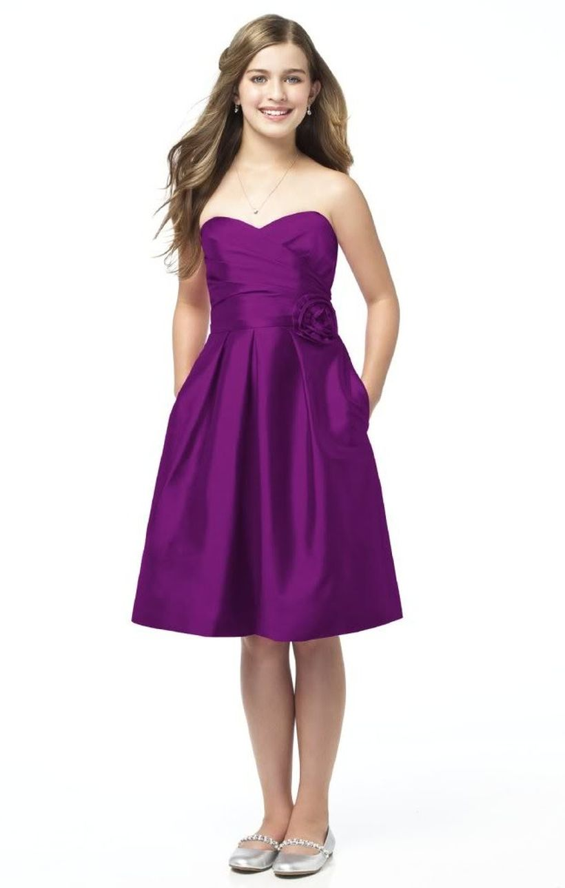 Awesome teens short dresses ideas for graduation outfits 83