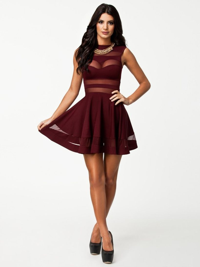 Awesome teens short dresses ideas for graduation outfits 95