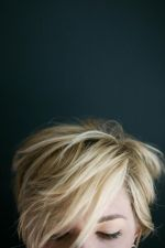 Cool short pixie blonde hairstyle ideas 103