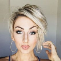 Cool short pixie blonde hairstyle ideas 119