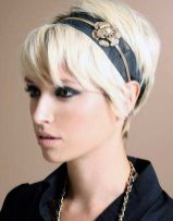 Cool short pixie blonde hairstyle ideas 125