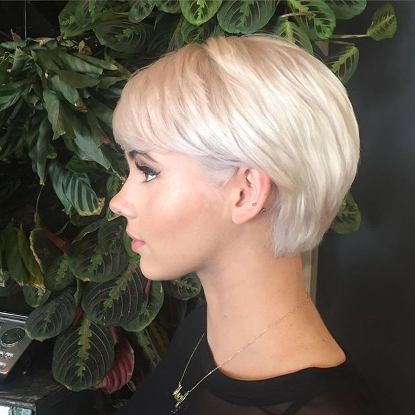 Cool short pixie blonde hairstyle ideas 136