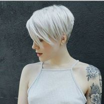 Cool short pixie blonde hairstyle ideas 145