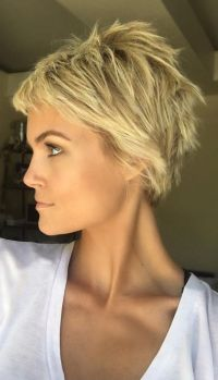 Cool short pixie blonde hairstyle ideas 3 - Fashion Best