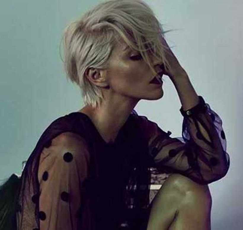 Cool short pixie blonde hairstyle ideas 35