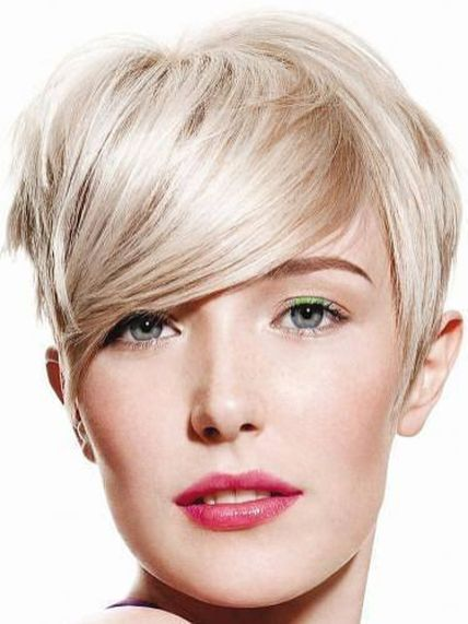 Cool short pixie blonde hairstyle ideas 69