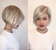 Cool short pixie blonde hairstyle ideas 73