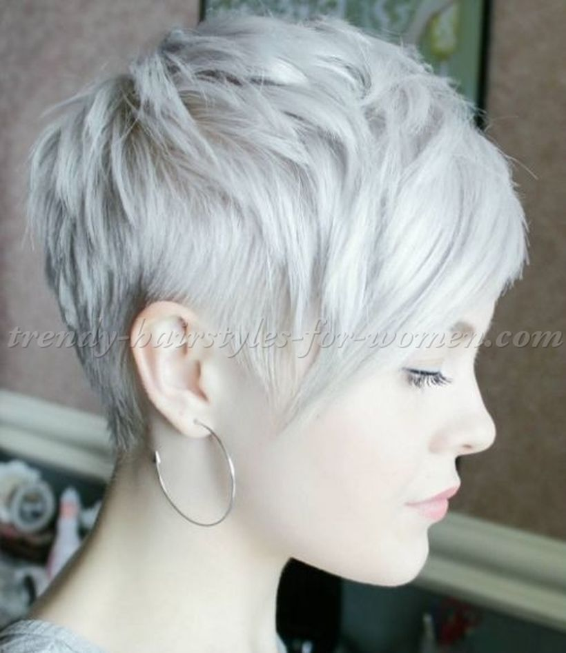Cool short pixie blonde hairstyle ideas 88