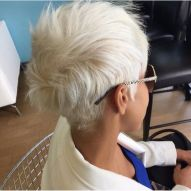 Cool short pixie blonde hairstyle ideas 93