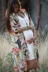 Fashionable maternity outfits ideas for summer and spring 109