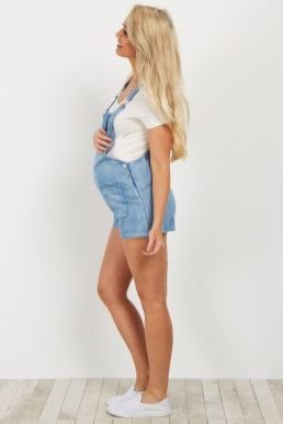 Fashionable maternity outfits ideas for summer and spring 11