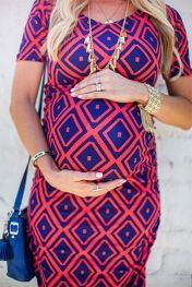 Fashionable maternity outfits ideas for summer and spring 45