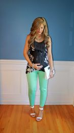 Fashionable maternity outfits ideas for summer and spring 47